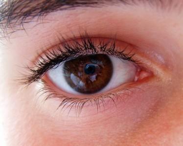 Слезотечение и другие болезни глаз